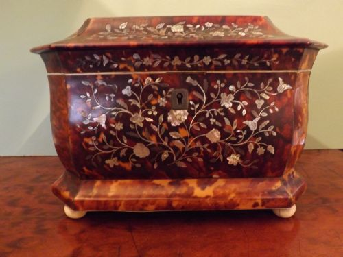 c19th tortoiseshell 'mother of pearl'inlaid tea caddy